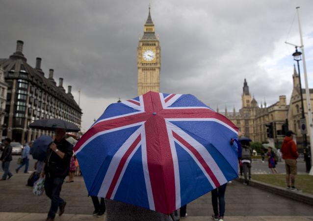 脫歐危機令英國議會休會儀式場面失控