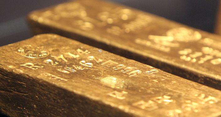 中國乘客地鐵遺落百萬黃金