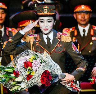 朝鲜人民军军乐团女兵亮相必威体育国际军乐节