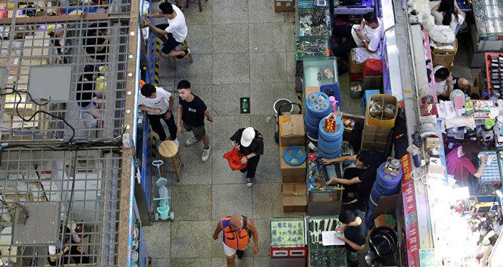 美国电子行业因美中贸易战已损失100亿美元