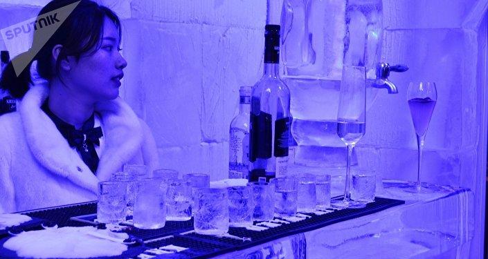 在夏末感受俄罗斯的冬天:最冷酒吧在北京开业