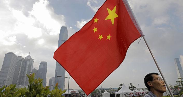 港澳办:支持香港政府与社会各界开展对话探讨解决方案