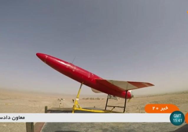 伊朗展示高精度无人机