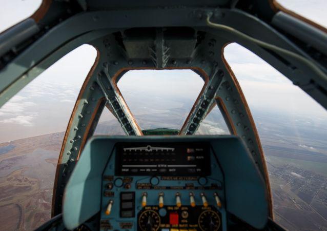 据俄国防部消息,一架苏-25UB攻击机在斯塔夫罗波尔边疆区失事