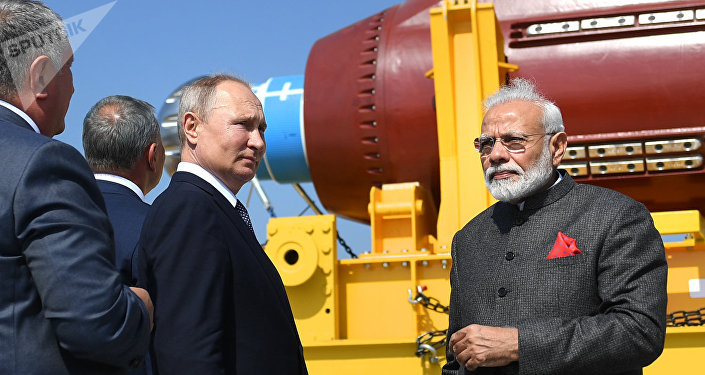 俄總統普京與印總理莫迪到訪俄遠東地區最大造船廠