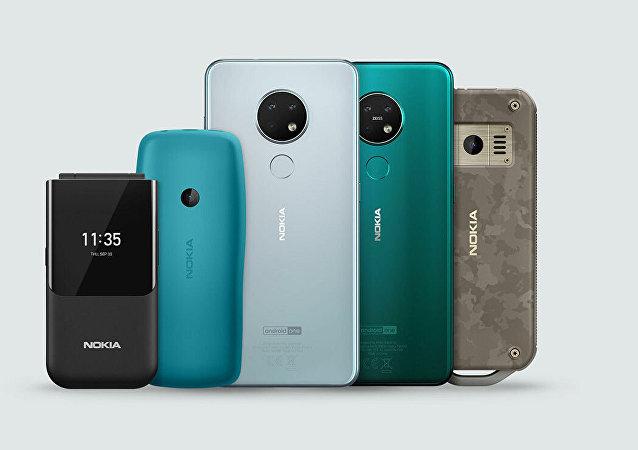 诺基亚发布传奇翻盖手机复刻版