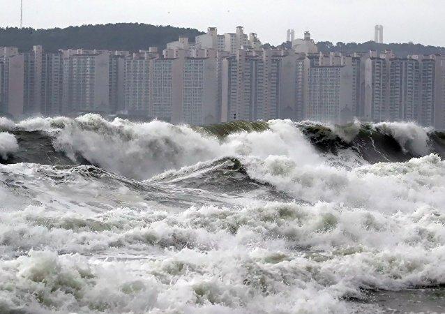 颱風「玲玲」襲擊朝鮮