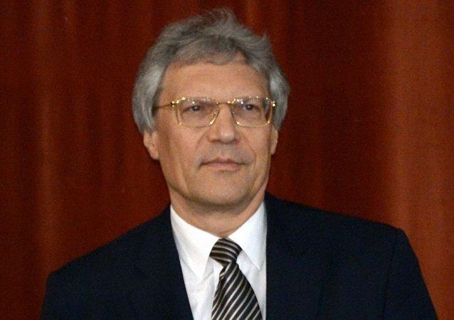 謝爾蓋·拉佐夫