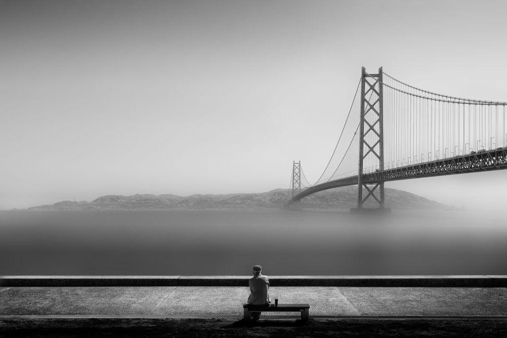 神户市的桥。作者:Patricia Soon(日本)。