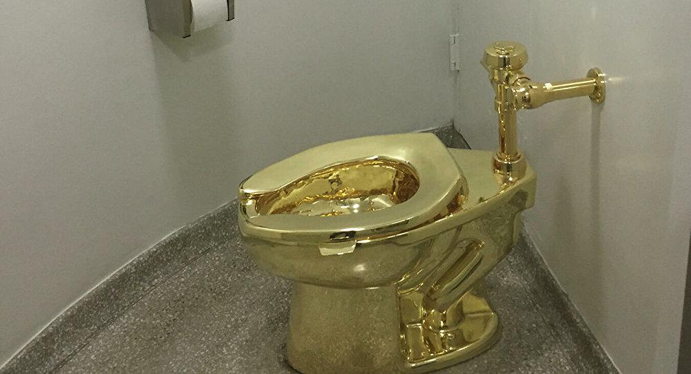 丘吉爾莊園被盜的金馬桶估價600萬美元