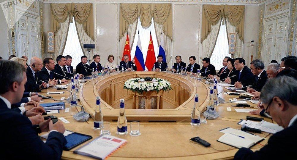 俄羅斯總理梅德韋傑夫表示,俄中關係已經進入新時代
