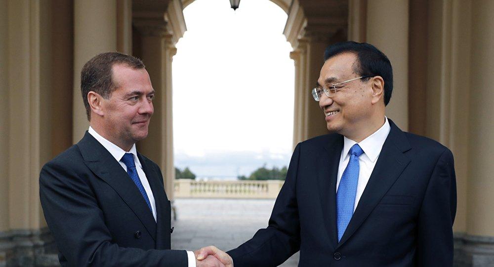 中俄总理此次会晤向国际社会展示两国夯实新时代关系的积极态度