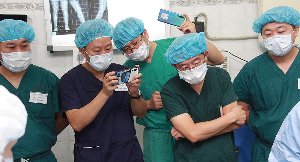 中国骨科医生赴俄进修