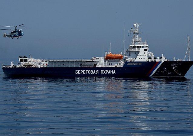 俄安全局:扣留161名朝鲜非法捕鱼者 有人受伤
