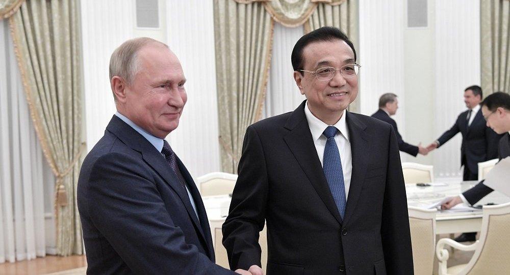 普京:中国国务院总理俄罗斯之行将推动两国关系的发展