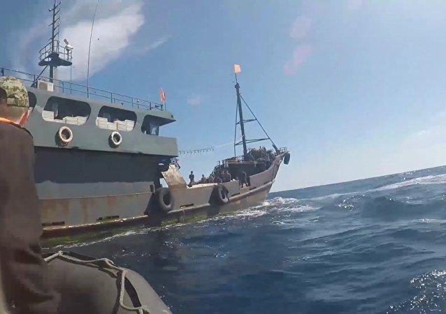 俄安全局在滨海边疆区又扣押64名朝鲜盗渔者