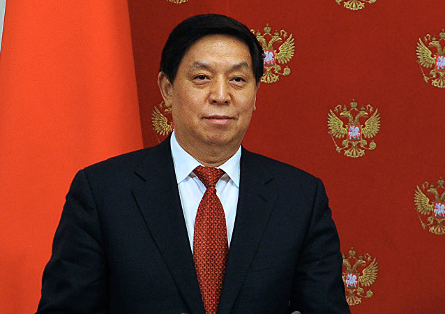中国将研究俄罗斯关于网络活动方面的法律