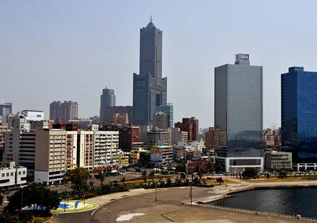"""中国政府推出""""26条措施""""促进两岸经济文化交流合作"""