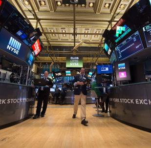 媒体:美国没有要求中国公司从交易所退市的计划