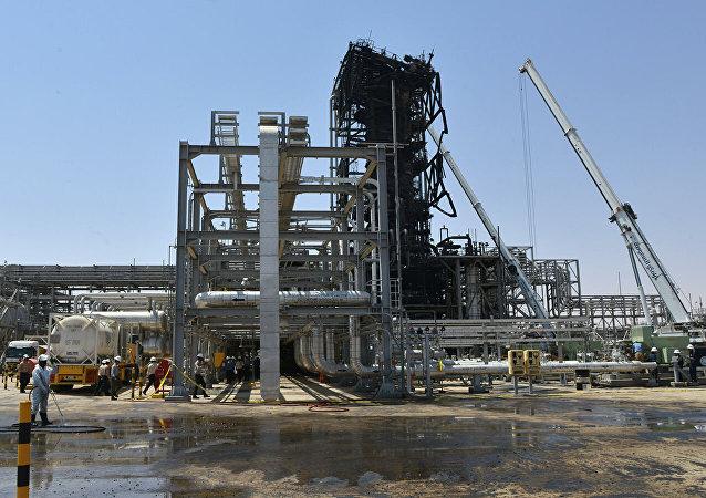 俄石油總裁:不排除沙特石油設施遇襲是逃離敘利亞的武裝分子所為