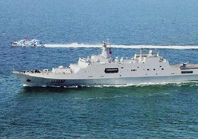 中国将打造系列两栖攻击舰以提升海军实力