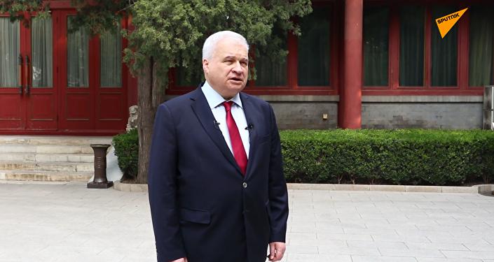 俄罗斯驻华大使杰尼索夫向中国人民祝贺新中国成立70周年