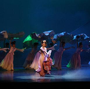 新时代中国古典舞剧《人生若只如初见》收获俄罗斯观众热烈好评