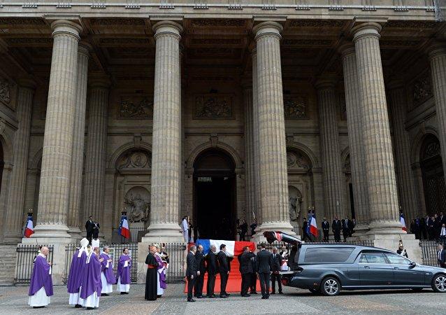 法國前總統希拉克已被安葬在巴黎蒙帕納斯公墓