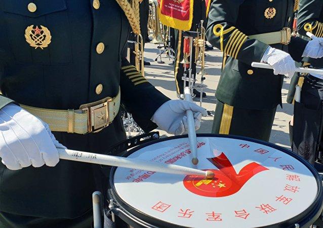 中國「東風-17」中近程高超音速彈道導彈首次亮相