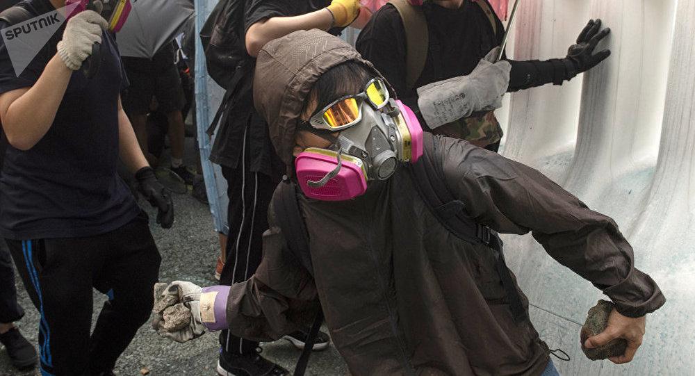 倆德國人在香港抗議活動中被拘