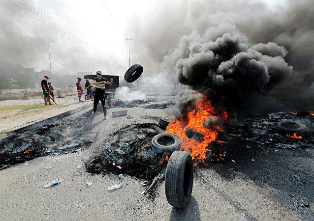 消息人士:伊拉克騷亂死亡人數升至31人 近1200人受傷