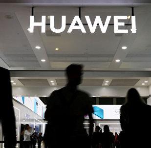 媒体:美国将延长本国公司与华为的合作许可有效期
