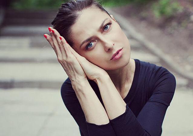 尤利娅∙尤济克