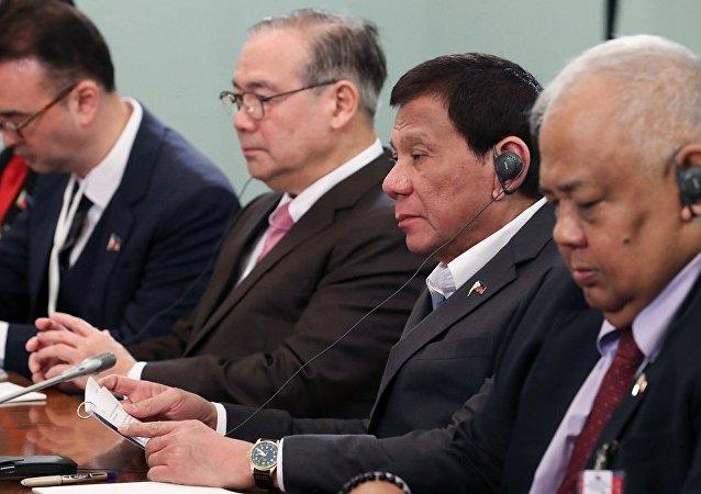菲律宾贸工部长:俄菲论坛期间签署协议总额达到660万美元