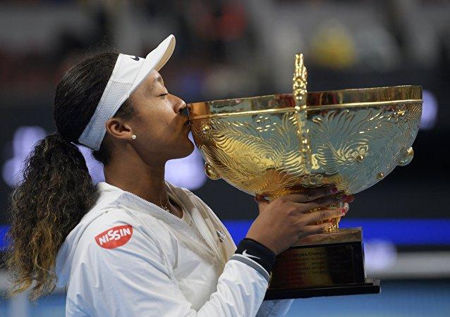 日本網球運動員大阪直美在北京網球公開賽上奪冠