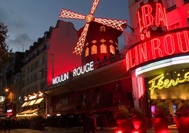 紅磨坊用法國康康舞慶祝成立130週年