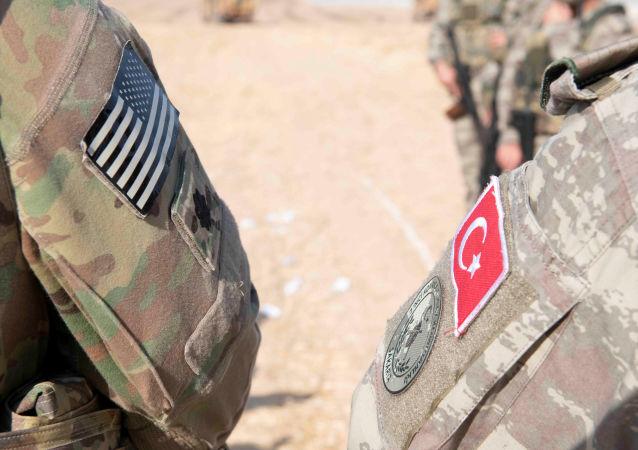 美國政府討論從土耳其空軍基地撤走核武器