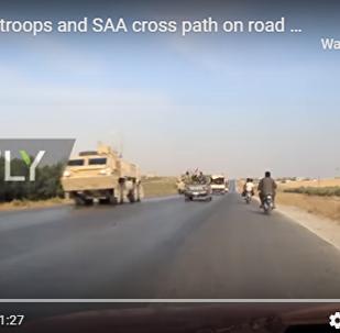 敘軍車隊與撤退美軍相遇