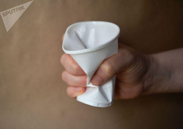 民调:超八成俄罗斯人支持限制使用一次性塑料的主张