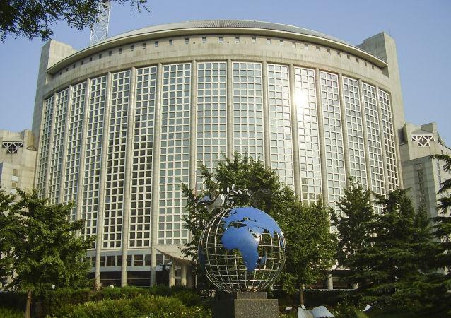中国外交部回应美参议院涉港法案或影响中美经贸谈判:双方保持密切沟通