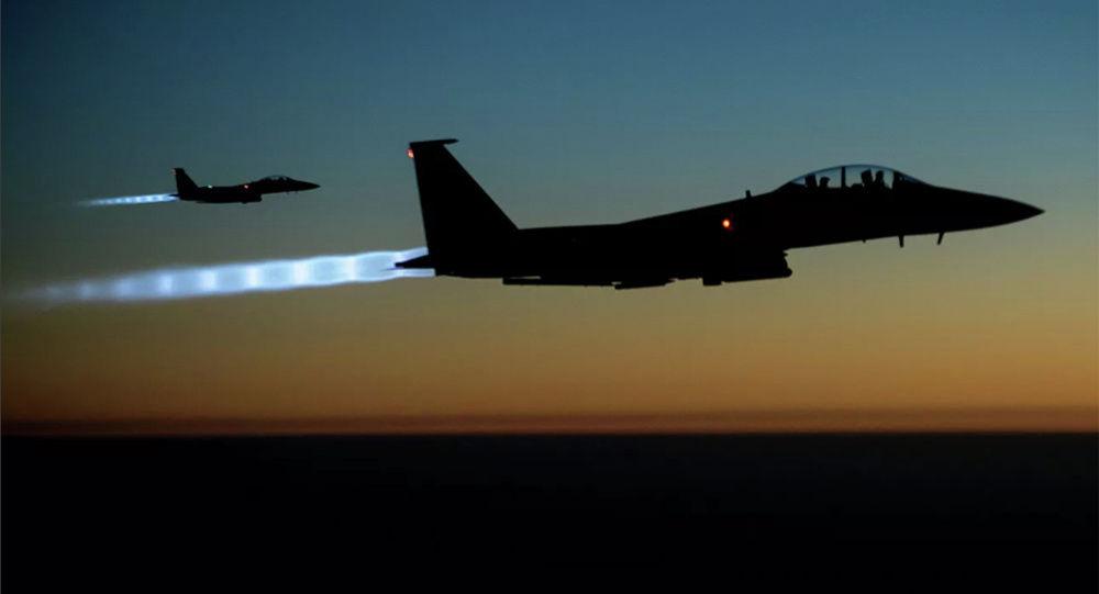 美國空軍轟炸機飛越黑海地區