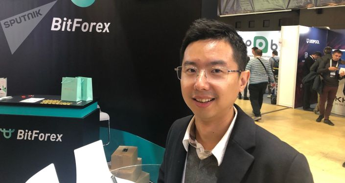 世界大型数字加密货币交易所BitForex创始人兼首席执行官加勒特•金(Garrett Jin)