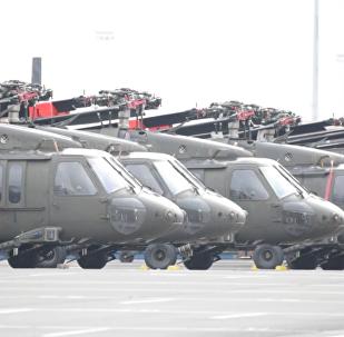 美直升機正在為下次「大西洋決議」行動做準備