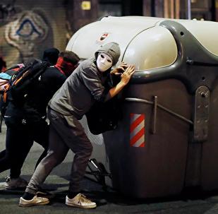 加泰羅尼亞抗議活動第四天近20人被抓