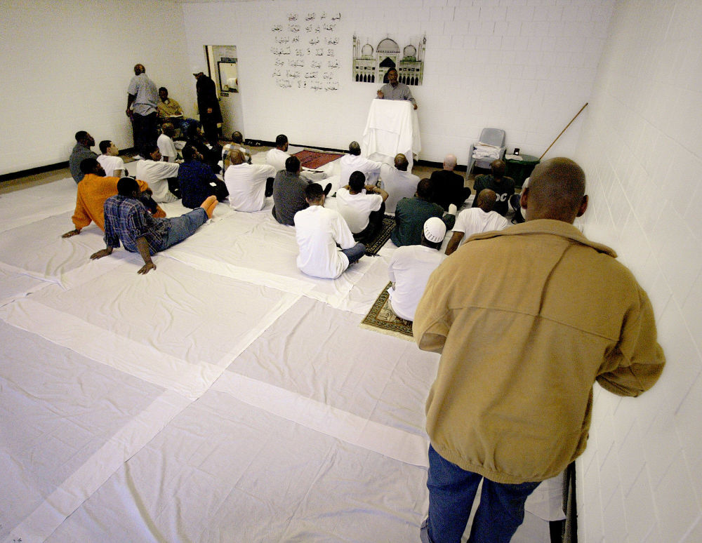 监狱里的祈祷室