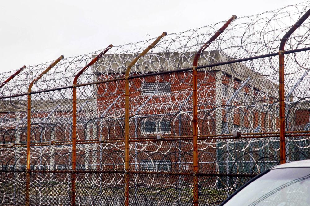 赖克斯岛监狱的围墙