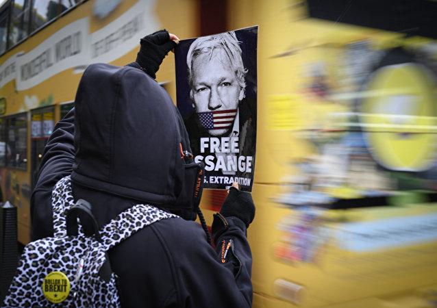瑞典当年对阿桑奇的指控旨在将其逮捕并引渡给美国