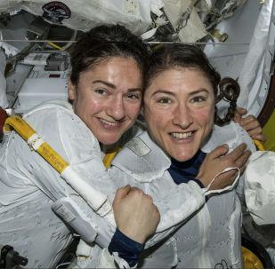 國際空間站首次全女性太空行走