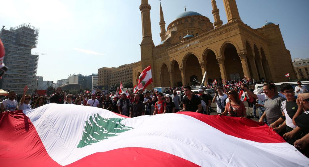 媒体:两名黎巴嫩前部长和一名现任部长或因腐败受审