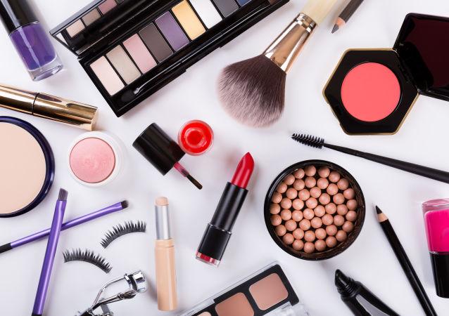 中國博主推動俄羅斯的化妝品出口